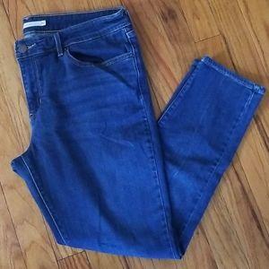 Levi Jean's, women's size 32 711 skinny.
